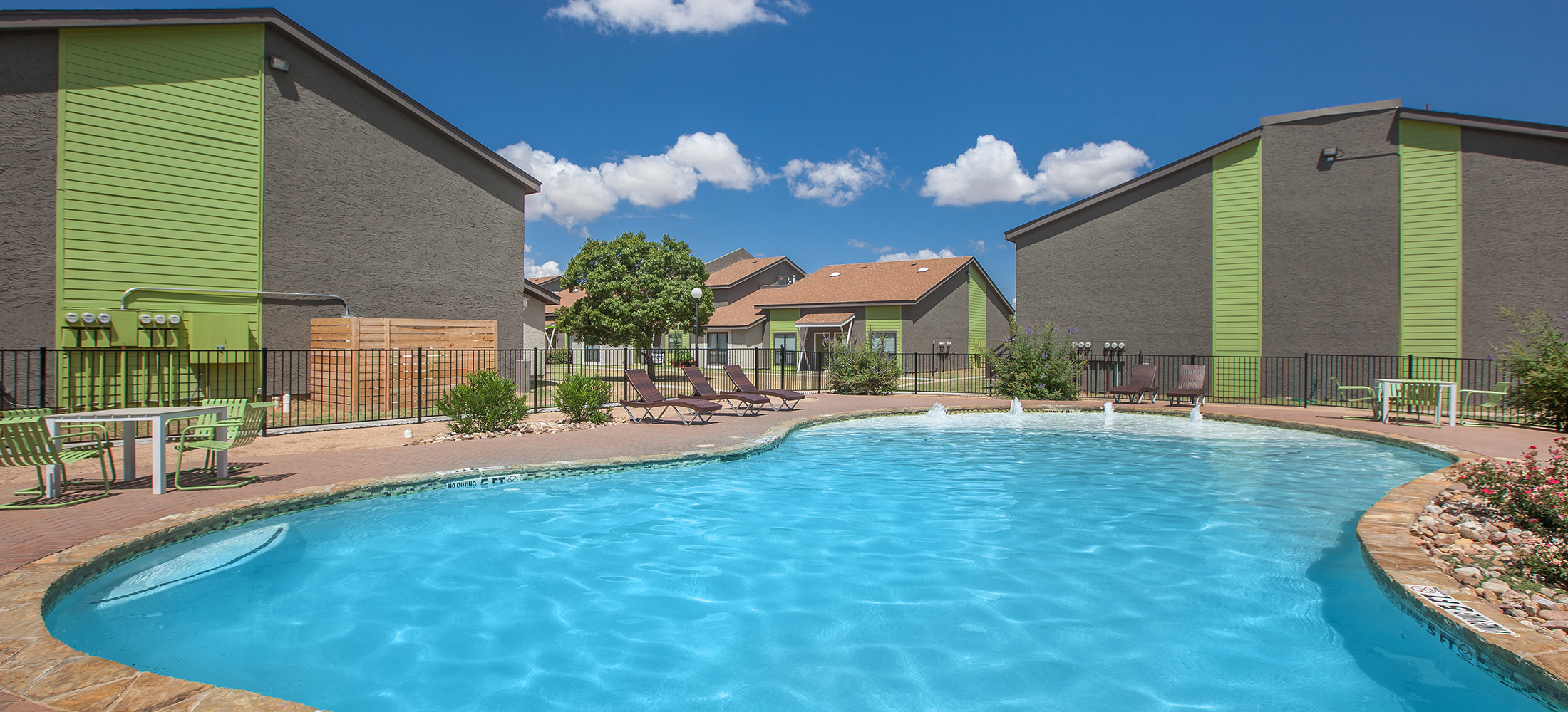 Convenient Midland, TX Location. Welcome To Garden Apartments